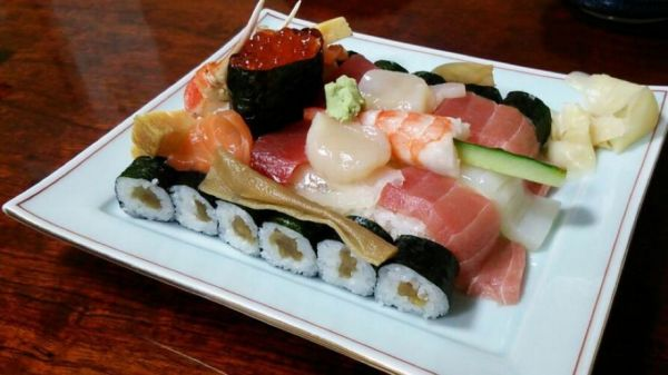 http://www.neatorama.com/2013/06/28/Tank-Sushi/#!xG6yq