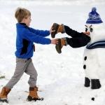 SOURCE: http://www.opednews.com/Quicklink/Disturbingly-Creative-Snow-in-Life_Arts-Cartoonist_HUMOR-SATIRE_Hobbies_Humor-131229-661.html